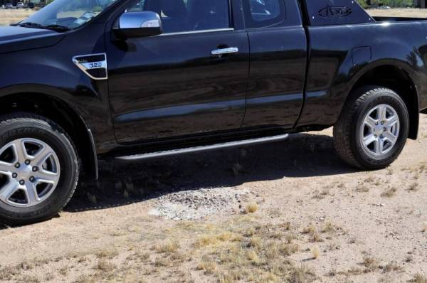 Addictive Desert Designs - ADD S25220NA01NA Venom Side Steps Ford Ranger T6 2011-2013