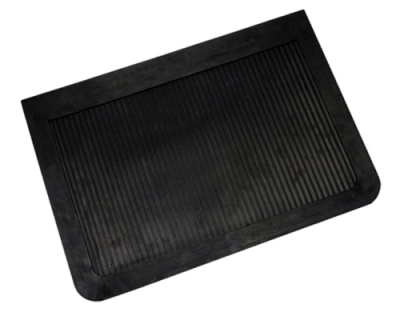 "Mud Flaps by Style - Rubber Mud Flaps - Contura-Highland - Highland 1007200 14"" X 20"" Heavy Duty Rubber Truck Mud Flaps Pair"